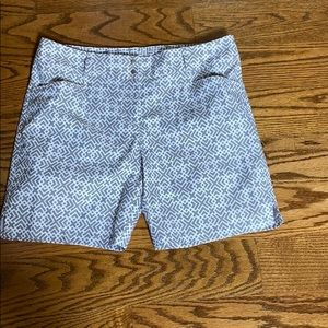 Adidas golf shorts size 8
